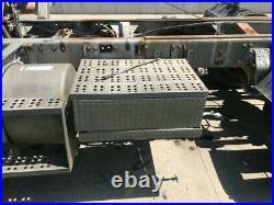 1990 Freightliner FLD120 Steel/Aluminum Battery Box Length 31.00