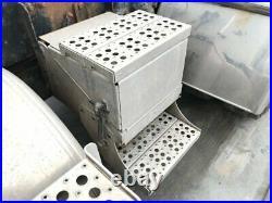 1998 Freightliner FLD112 Aluminum Battery Box Length 15.50 Width 19.0