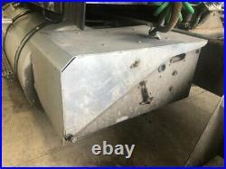 1998 International 9400 Steel/Aluminum Battery Box Length 17.50 Width 28.0