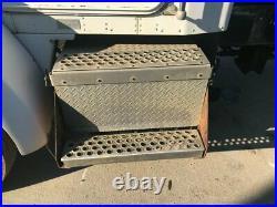 1999 Kenworth T300 Aluminum Battery Box Length 21.00 Width 29.0