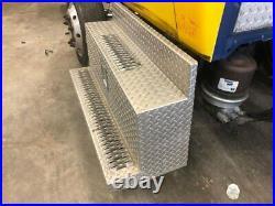2004 International 4300 Steel/Aluminum Battery Box Length 42.00