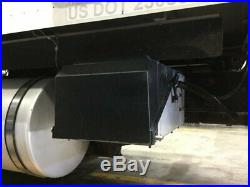 2006 International 9400 Aluminum/Fiberglass Battery Box Length 29.00 Width