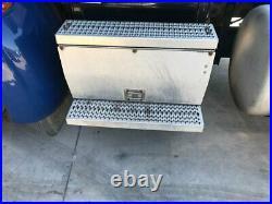 2010 Peterbilt 384 Aluminum Battery Box Length 30.50 Width 19.0