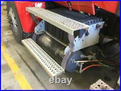 2011 International PROSTAR Aluminum/Poly Battery Box Length 31.00