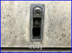 2011 Peterbilt 386 Aluminum Battery Box, Missing Lock