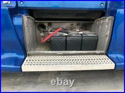 2011 Peterbilt 386 Aluminum Battery Box, No Lid