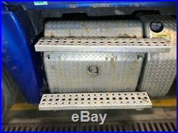 2013 Freightliner CASCADIA Steel/Aluminum Battery Box Length 29.50 Width