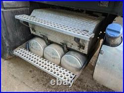 2014 Volvo VNL Steel/Aluminum Battery Box Length 33.00 Width 24.0