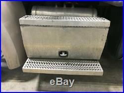 2015 Peterbilt 579 Aluminum Battery Box Length 30.50 Width 28.5