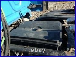 2017 Freightliner CASCADIA Aluminum/Poly Battery Box