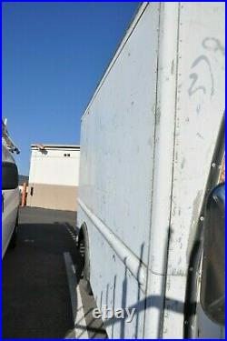Chevy c30 van box aluminum grumman 1985 automatic turns on no battery as is