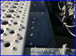 Freightliner CORONADO Aluminum/Poly Battery Box Length 32.00 Width 25.0