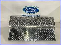 Peterbilt Aluminum Battery Box Cover with Heavy Duty Step