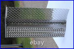 Peterbilt Battery Box Cover - Aluminum Step